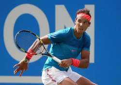 dolgopolov defeats nadal at queen s club wawrinka tops