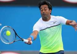 leander paes and daniel nestor knocked out of topshelf open