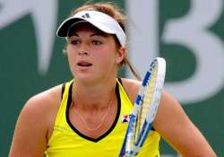 pavlyuchenkova wins portugal open