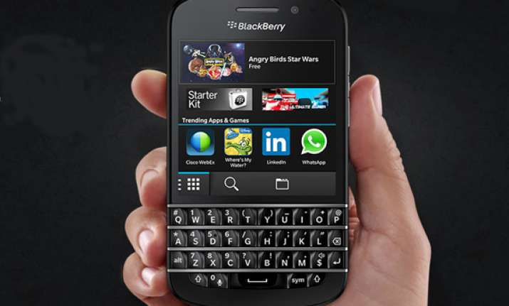 blackberry q10 launched in india for rs 44 990