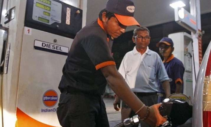 diesel price will be raised 40 50 paisa/litre every month