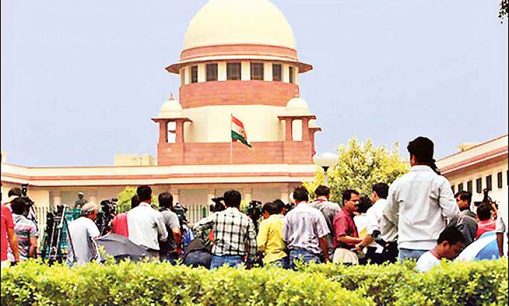 government moves sc on 2g issues