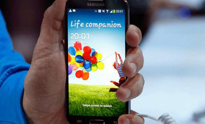 samsung galaxy s4 set to hit indian markets on april 25