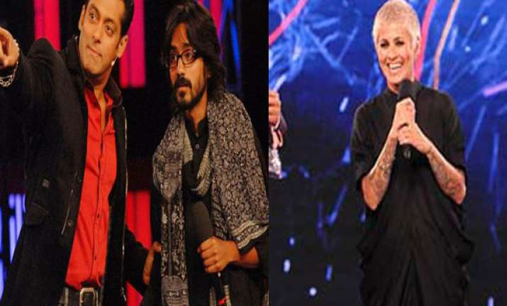 aseem trivedi alleges bigg boss salman misbehaved with
