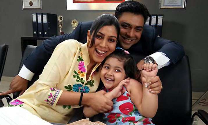 bade ache lagte hain s pihu quits the show gets replaced
