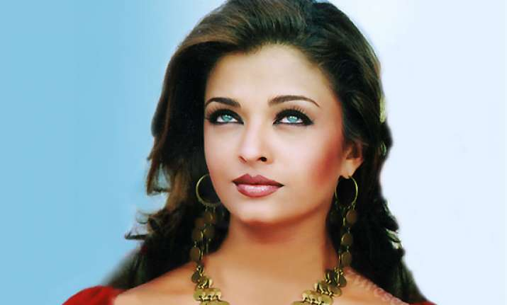 buzz over the web on aishwarya rai s shape