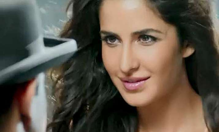 dhoom 3 gross collection rs 425.17 cr worldwide in ten days