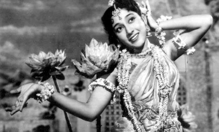 mala sinha turns 76 few facts about bollywood s former