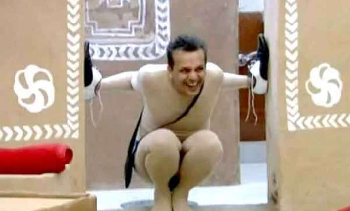 imam siddique thrown out of the bigg boss house after his