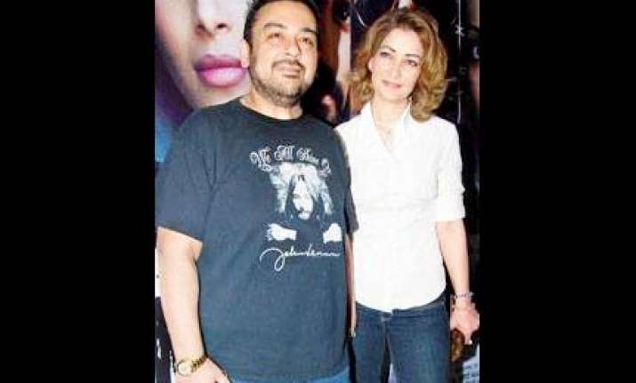 court orders adnan sami s third wife roya to leave house