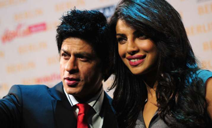 priyanka hops on to srk s aircraft offloads many