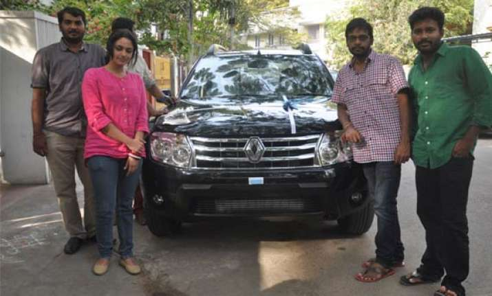 cuckoo makers gift suv to film s director