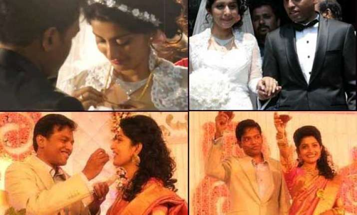 actress meera jasmine s complete wedding album
