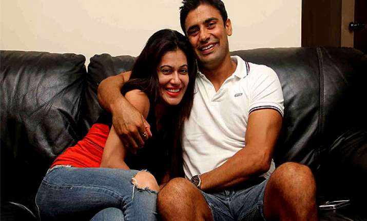 payal rohtagi campaign for beau sangram singh s bigg boss