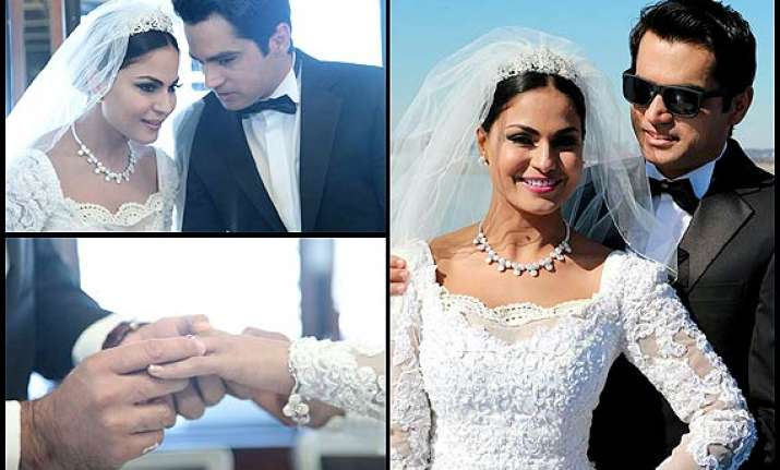 veena malik s white wedding see the inside pictures