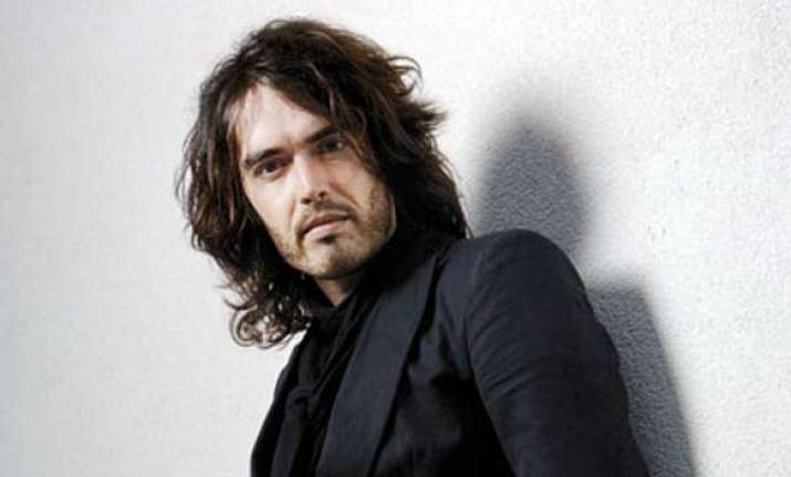 russell brand regrets never kissing a man