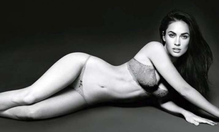 megan fox turns up the heat in new armani advert