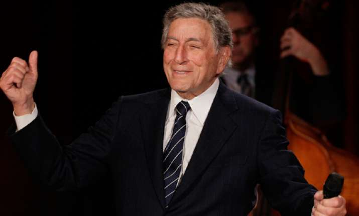 san francisco honours crooner tony bennett as hit song