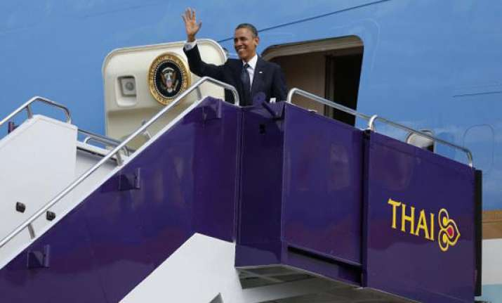 asia tour obama first pays visit to thailand