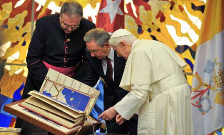declare good friday a holiday pope urges raul castro