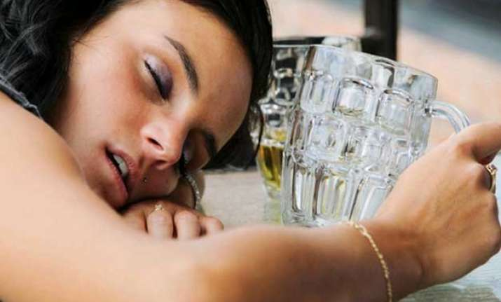 poor sleep may lead to alcohol drug abuse in teens study