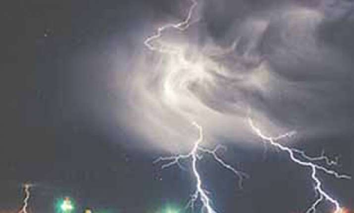 scientists claim solving riddle of ball lightning
