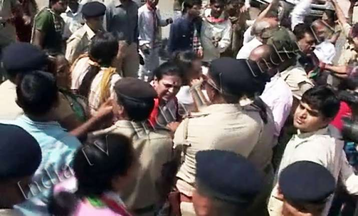 congress rally baton charged in gujarat 200 detained