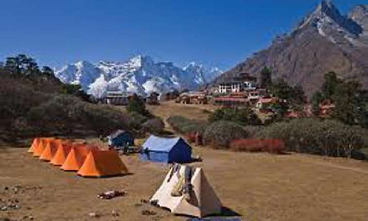 global himalayan expedition flagged off in ladakh