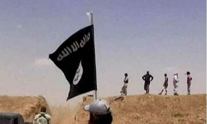 isis flags seen in srinagar after friday prayers