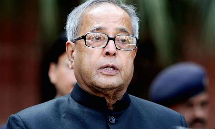 president stresses on self imposed code of conduct for media