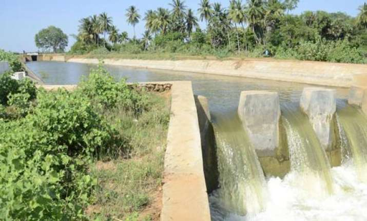 karnataka told to release 12 tmc of water to tn in december
