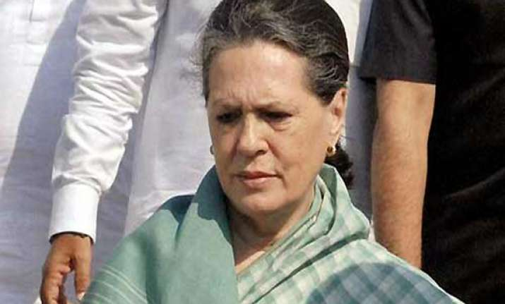 sonia gandhi meets rape victim at aiims