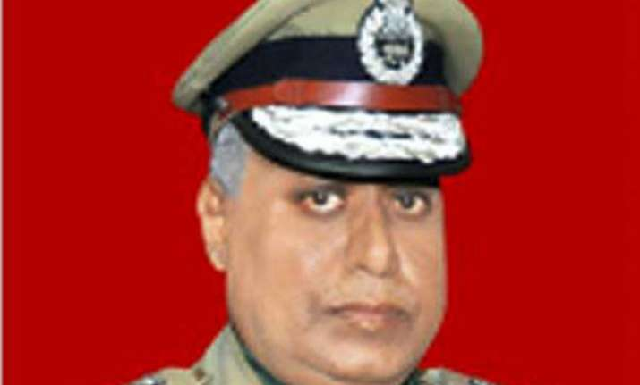 bjp asks pm to withhold cbi director appointment