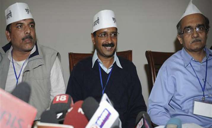 kejriwal promises jail for corrupt politicians within 6