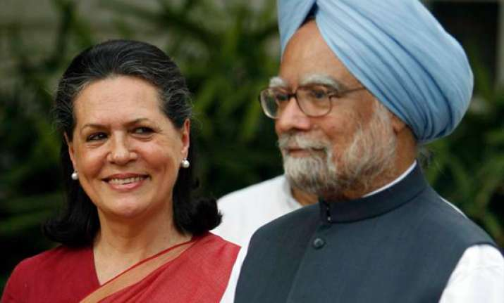 upa short of 27 mps for majority in lok sabha