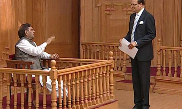 we don t want to topple upa govt sharad yadav tells adalat