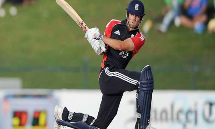 england beat india by 9 runs in first odi