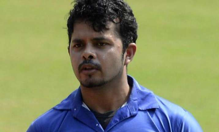 ipl6 sleaze nude pics of models found from sreesanth s