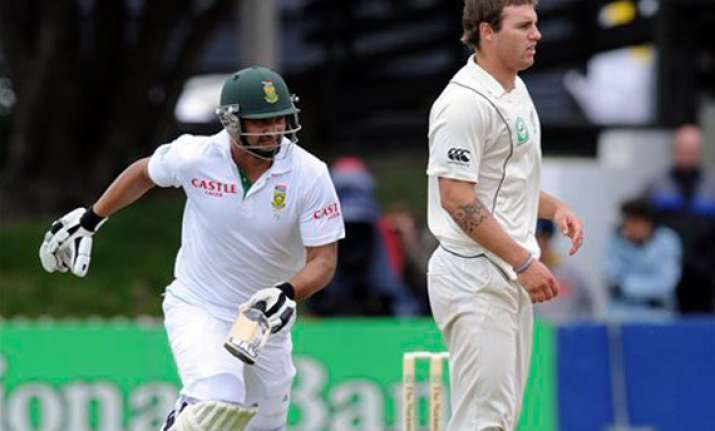 south africa 246 2 at stumps on day 2 3rd test