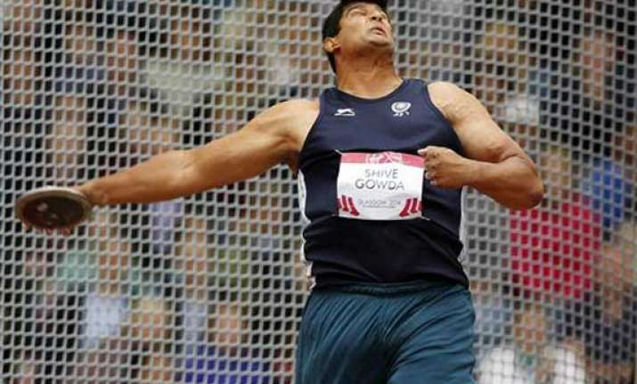 cwg 2014 gowda wins india s first 2014 cwg athletics medal