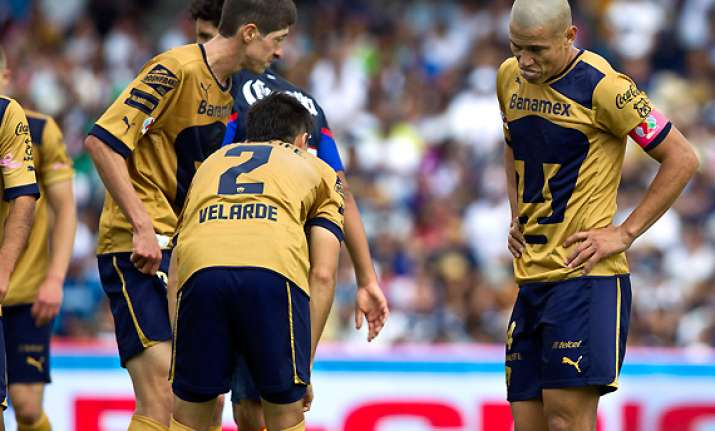 america beats pumas to advance to mexican playoffs