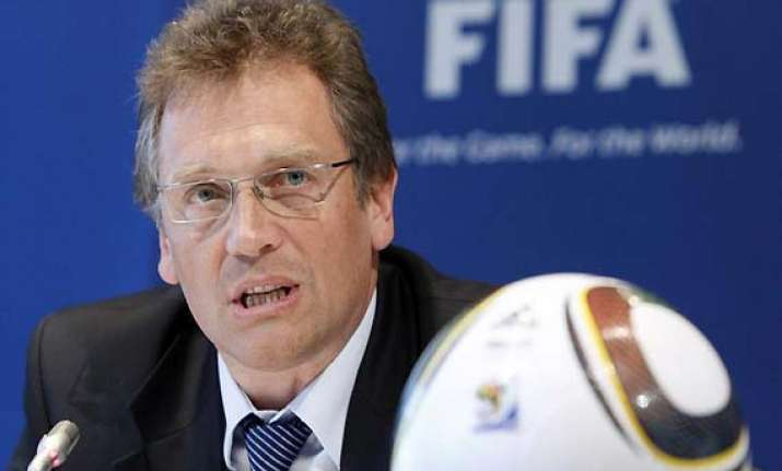 fifa to introduce goal line technology