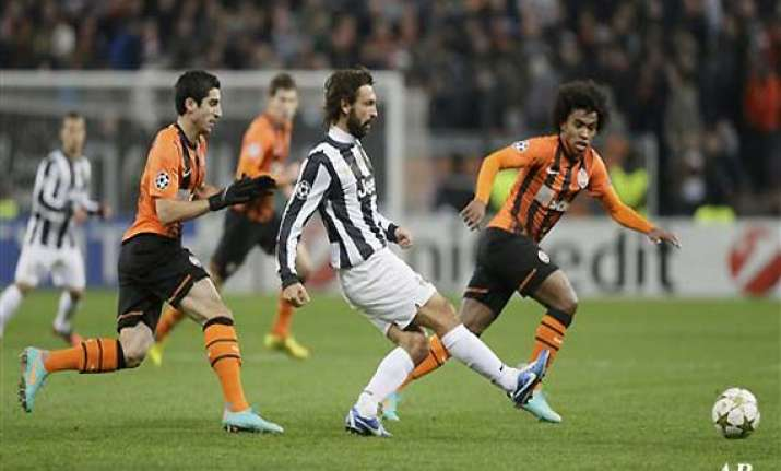 juve through chelsea out in champions league