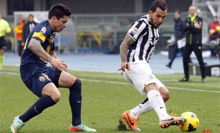 verona comes back to draw 2 2 against juventus
