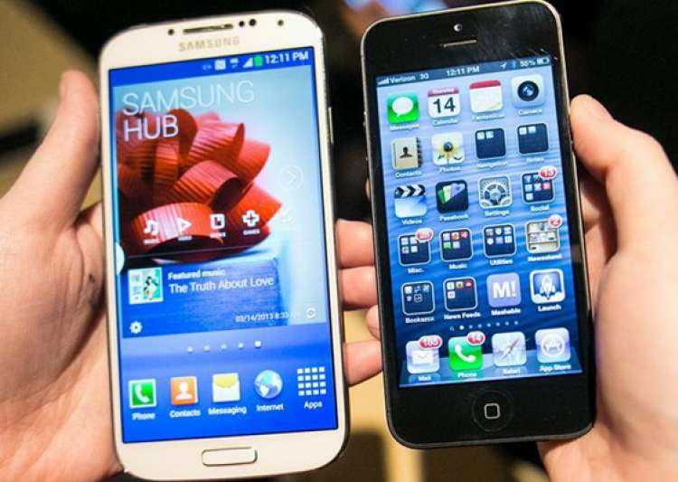10 things that samsung galaxy s4 can do but the iphone 5 can t- India Tv