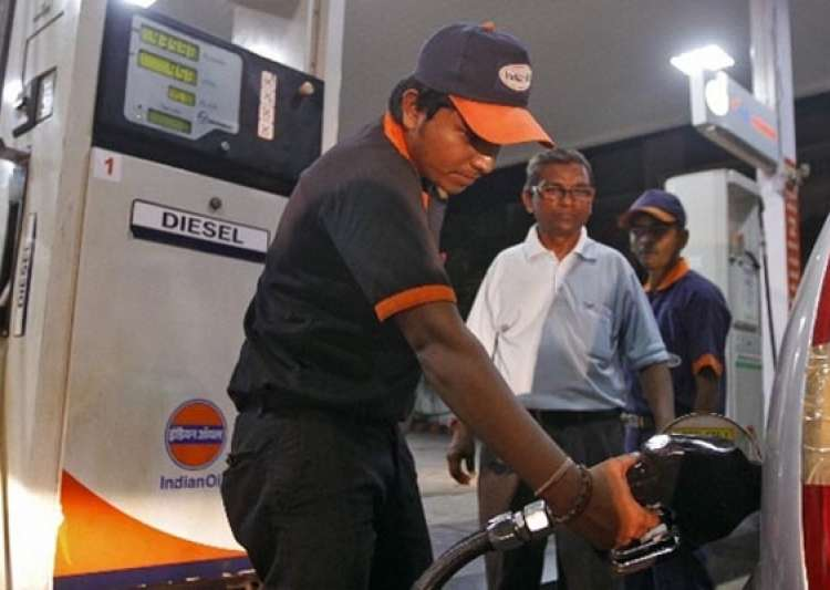 diesel price will be raised 40 50 paisa/litre every month- India Tv