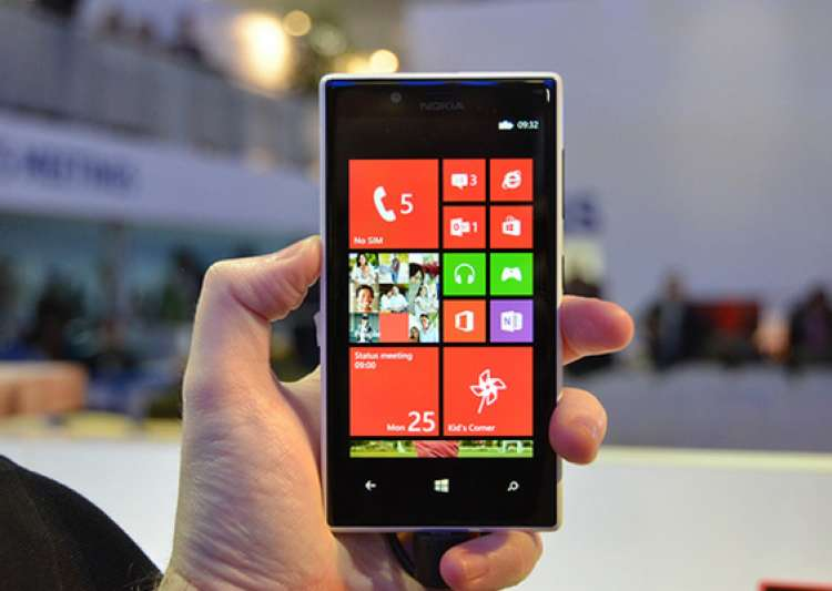 First impressions: Nokia Lumia 720