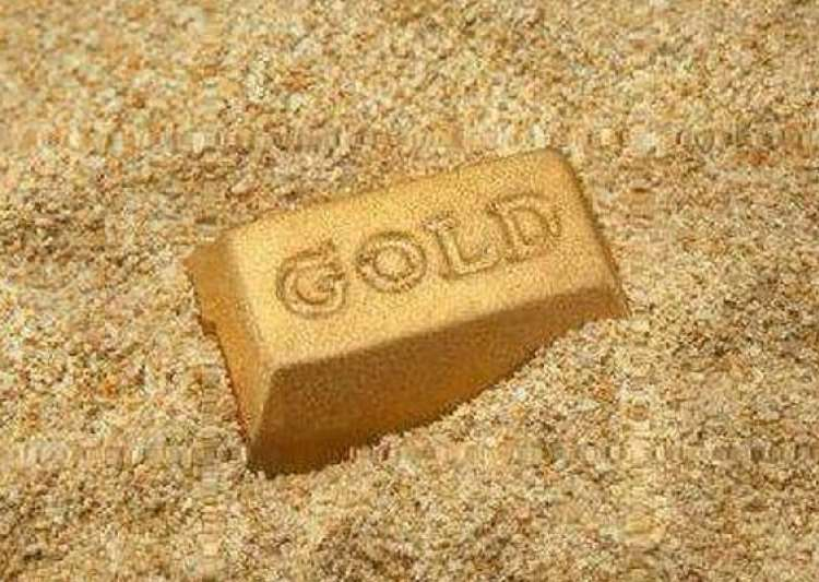 gold silver extend gains on buoyant demand- India Tv