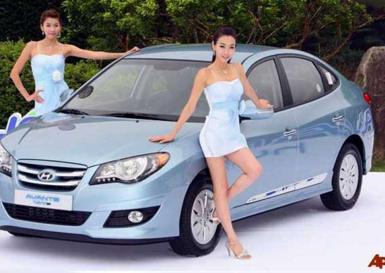 hyundai motor s q4 profit dented by won s rise- India Tv