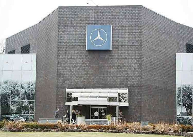 Mercedes moving headquarters from new jersey to atlanta for Mercedes benz atlanta headquarters